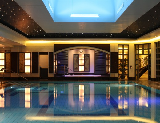 careys-manor-pool-the-new-forest