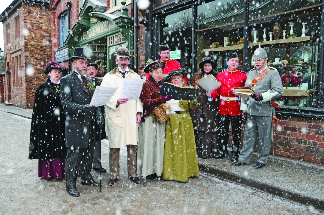 2. Blists Hill Victorian Town Christmas carols choir (big)