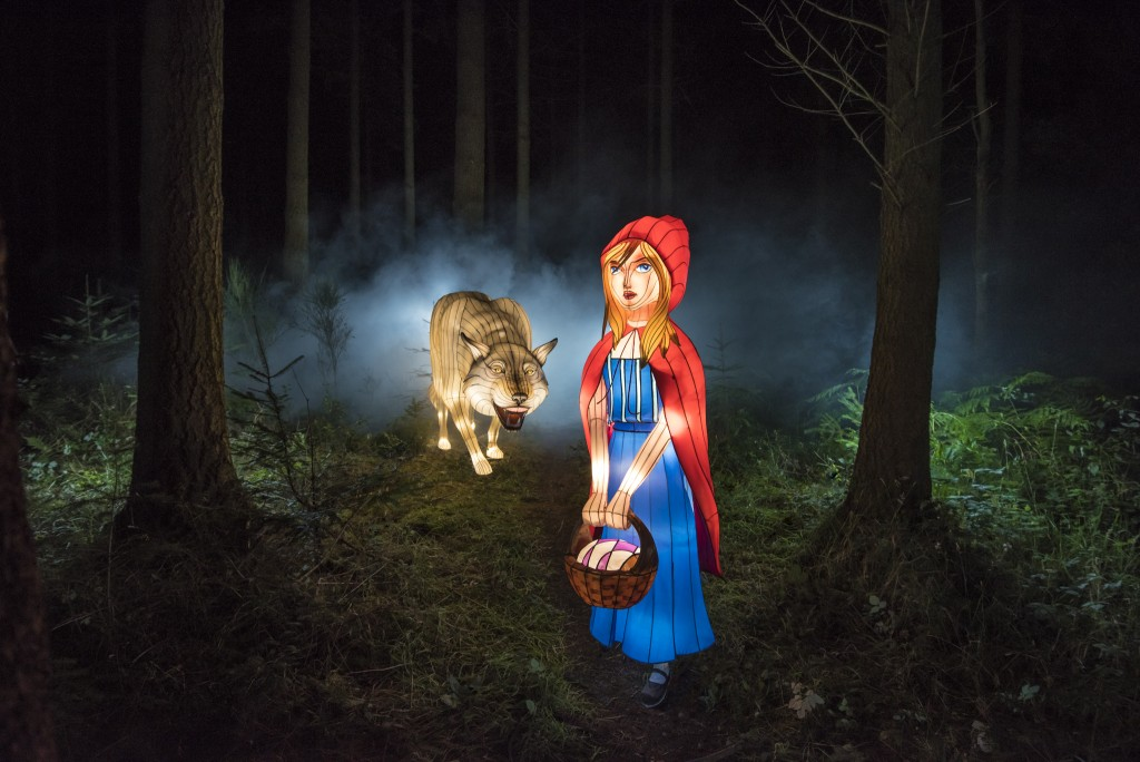 Little Red Riding Hood and the Big Bad Wolf at Longleat's Festival of Light 2017